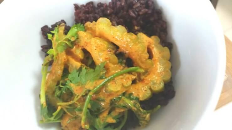 【夏バテ防止】黒米&玄米のタイカレーがヘルシーで美味しい